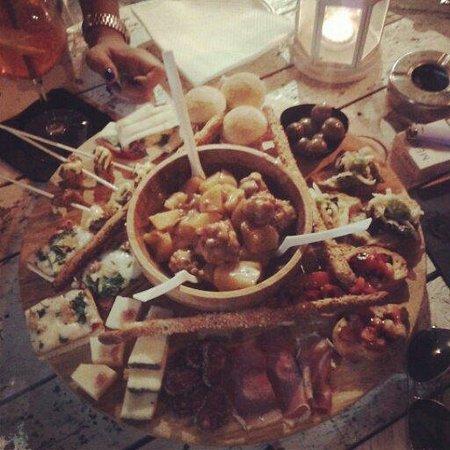 Vespa Cafe: Meraviglioso, Meraviglioso!!!