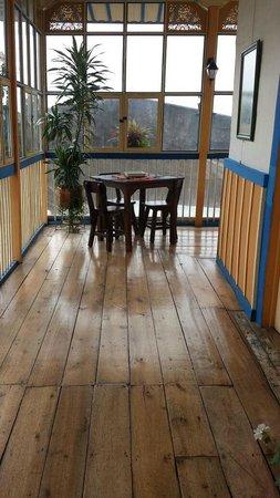 Ciudad de Segorbe Hostel Salento : Decoración pasillos hostal. Un lugar para tomar un café