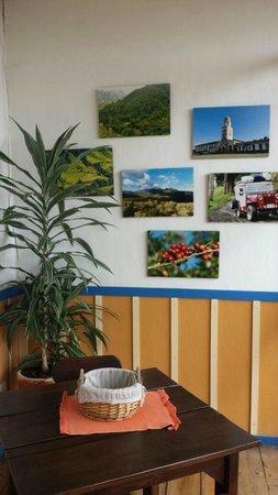 Ciudad de Segorbe Hostel Salento : Decoración pasillos hostal