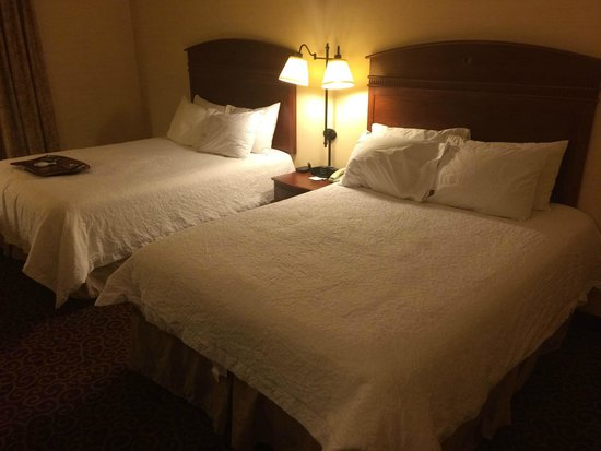Hampton Inn Nanuet: 2queen beds
