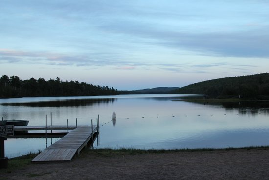 Lake Fanny Hooe Resort & Campground: Dusk at Lake Fanny Hooe