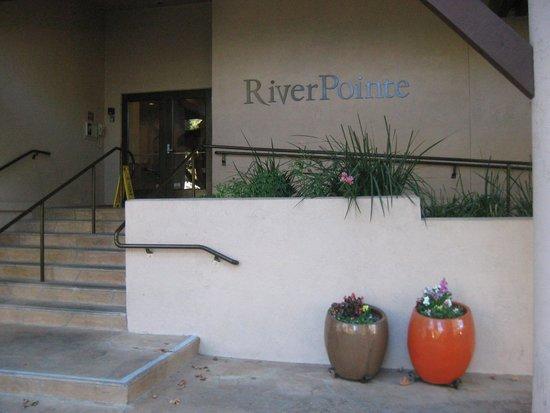 RiverPointe Napa Valley Resort : Resort Entrance