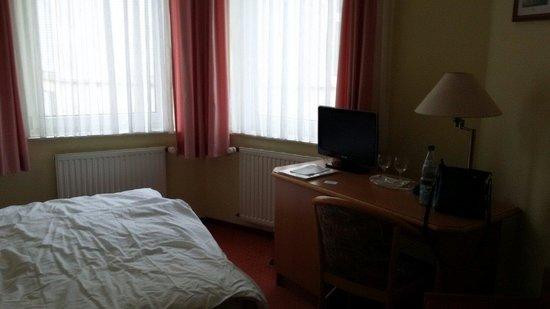 Hotel  Roemerbruecke : Номер