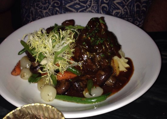 Short ribs bourguignonne!