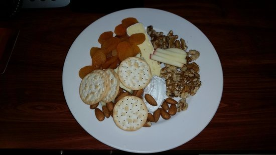 Crown Promenade Perth : $17 cheese platter - room service