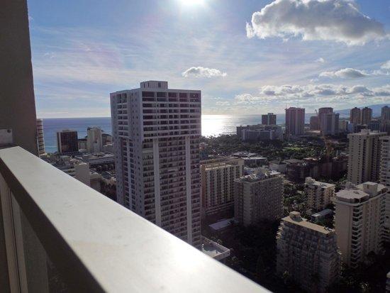 Aqua Skyline at Island Colony: 海側