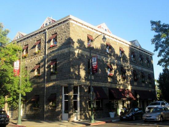 Hotel La Rose, Santa Rosa, Ca