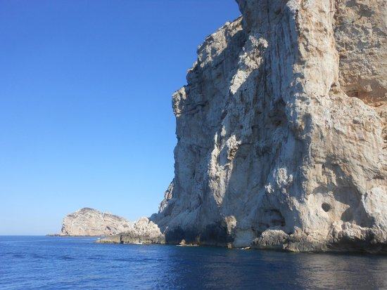 Capo Caccia Vertical Cliffs: La roccia