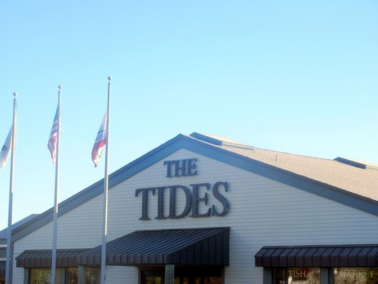 The Tides Wharf Restaurant: Tides Wharf & Restaurant, Bodega Bay, Ca