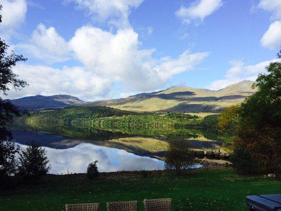 Ardeonaig Hotel: The loch view