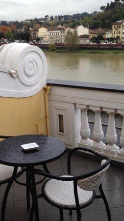 Hotel River : バルコニー1
