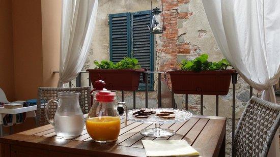 B&B Il Grifone: colazione in terrazza