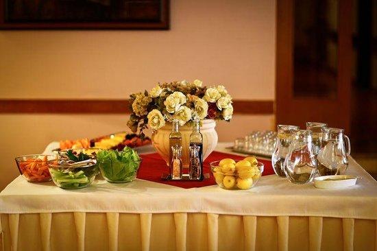 Hotel Belvedere: Breakfast
