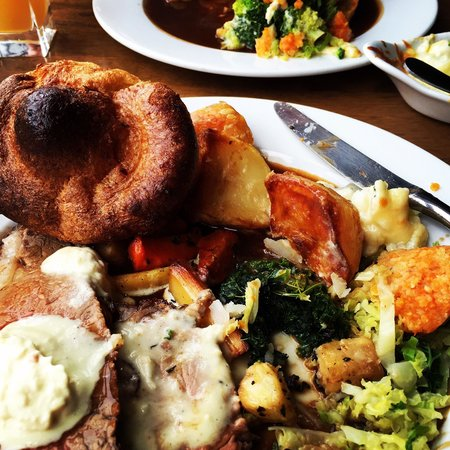 The White Horse Inn: Roast been of silverside.  All fresh vegetables and extremely good quality