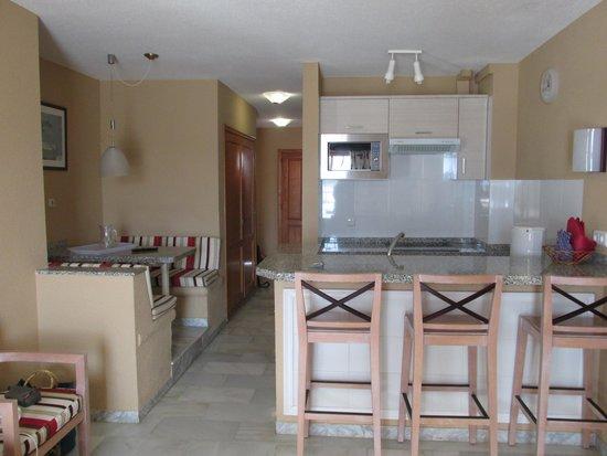 Club El Beril Tenerife: Кухня. Первый этаж