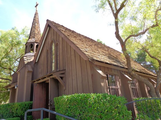Little Church of the West: outside church