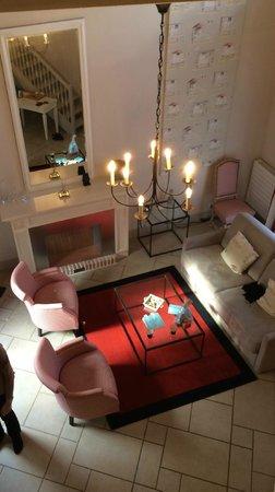 Les Manoirs de Tourgeville: Salon de la suite