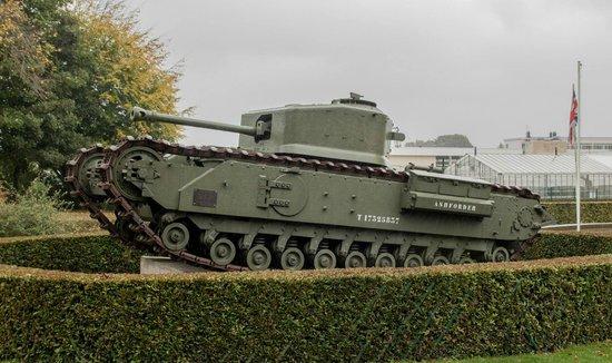 Musée Mémorial de la Bataille de Normandie : Churchill