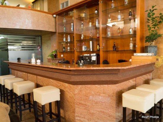 Comfort Hotel: Hotel bar