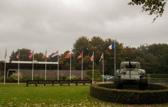 Musée Mémorial de la Bataille de Normandie : Entrance