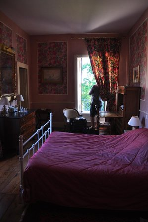 Chateau de La Chabroulie: Our room was fabulous