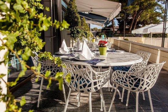 Makedonia Palace: Symposium - Main Restaurant