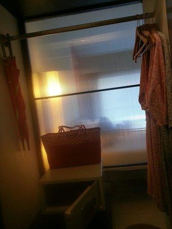 Red Ginger Chic Resort : Inside the wardrobe