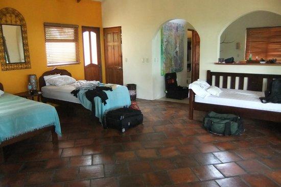 Anamaya Resort & Retreat Center : Our room