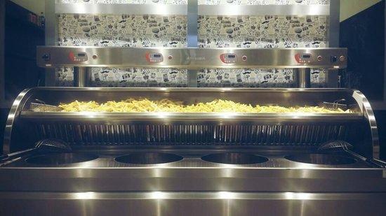 Queen's Chips Amsterdam