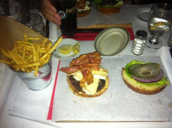 Chez Lucienne : Burger