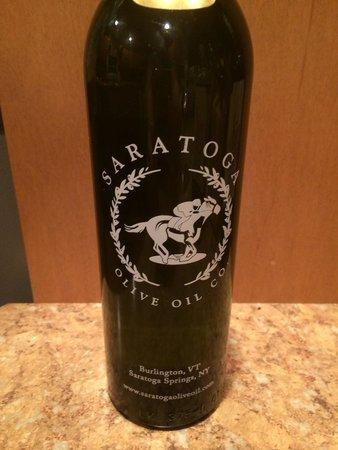 Saratoga Olive Oil Company: Garlic flavor, delicious!