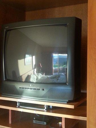 كاه - ني - تا ريزورت آند سبا: Old tube televisions