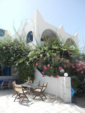 Hotel Limnes Villas Santorini