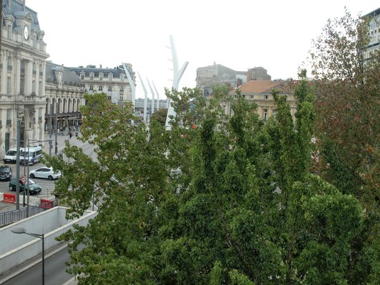BEST WESTERN Gare Saint Jean: View from room