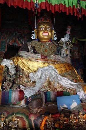 Trandruk Monastery: Buddha Statue