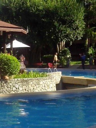 Loma Resort & Spa: бассейн