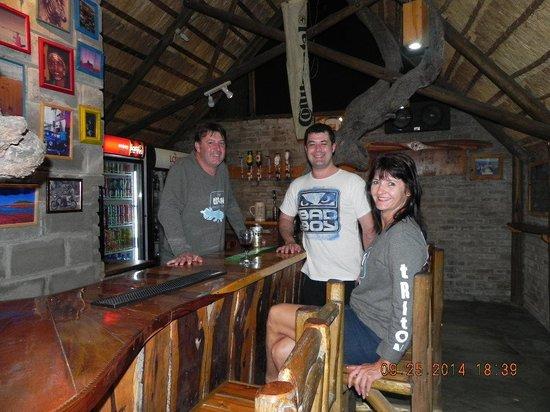 Triton Dive Lodge : Self-service bar