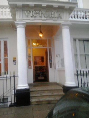 Victoria Inn: entrata dell'hotel