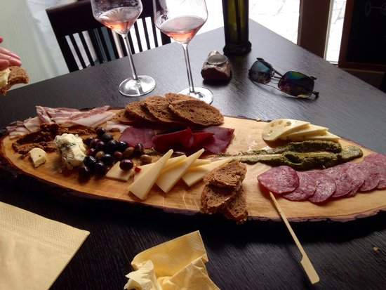 Razonoda Wine Bar Meat and cheese platter & Meat and cheese platter - Picture of Razonoda Wine Bar Dubrovnik ...