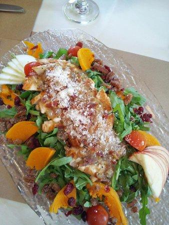 Fairview Cafe: Autumn Salad with Warm Crispy Bacon Vinaigrette