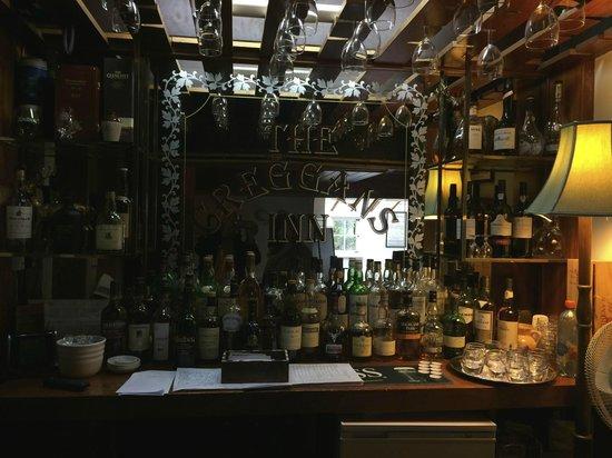 The Creggans Inn : le bar