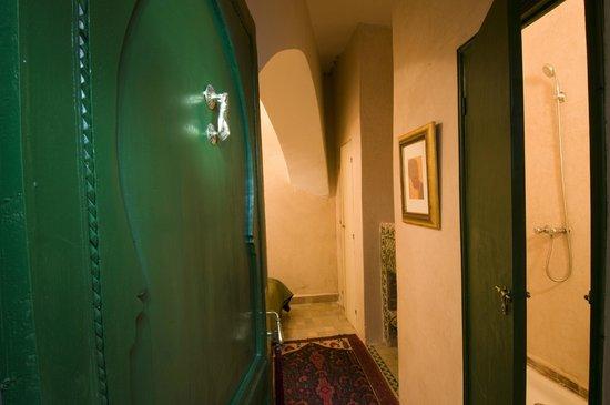Riad Ravel: Entree Chambre