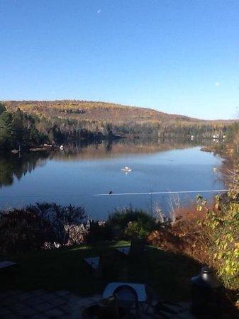Auberge Saint-Mathieu du Lac: Superbe endroit en automne