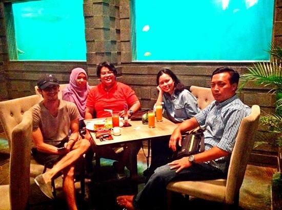 Serela Merdeka: The Restaurant n Giant Aquarium