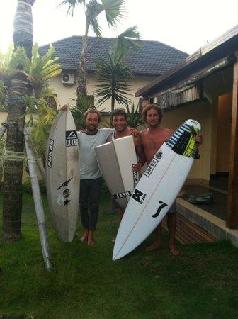 Mote Surfstay: Jaji, Kepa e Iván
