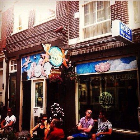 Amsterdam Hostel Uptown: Rookies coffee shop
