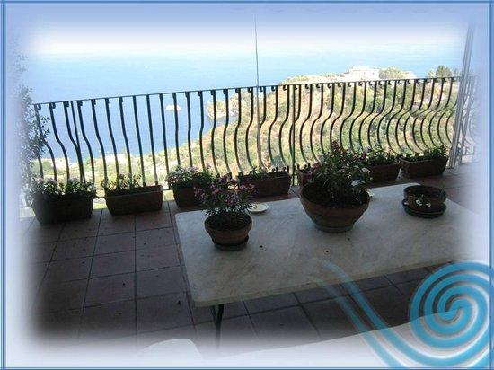 Isola Bella Terrace - Picture of B&B La Terrazza sul Mare, Taormina ...