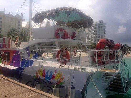 Mi Dushi : the boat
