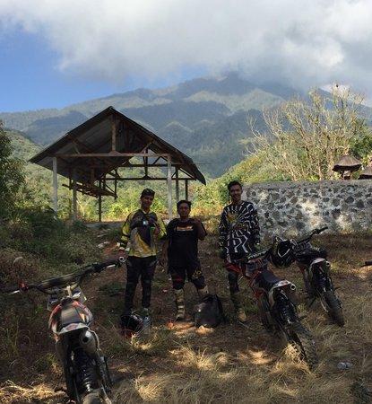 Bali Cross