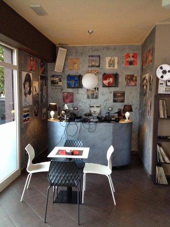 Caffe Della Musica